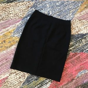 H&M simple black pencil skirt